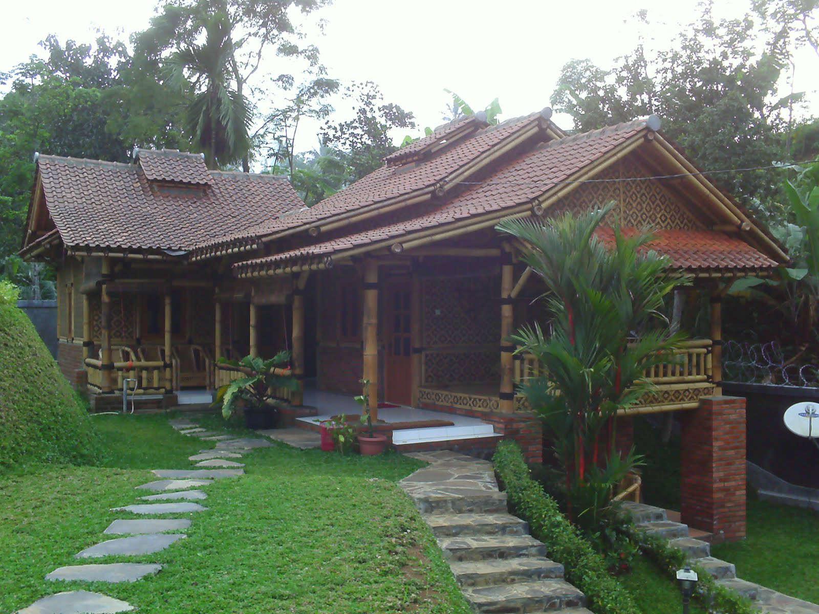 Rumah Bambu Koleksi